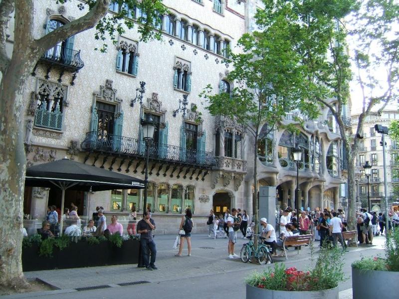 Barcelona Street scene